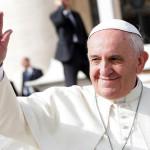 Papież wymienia obrazy, jako kult zabroniony przez Boga